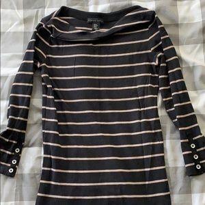 Mid arm length shirt